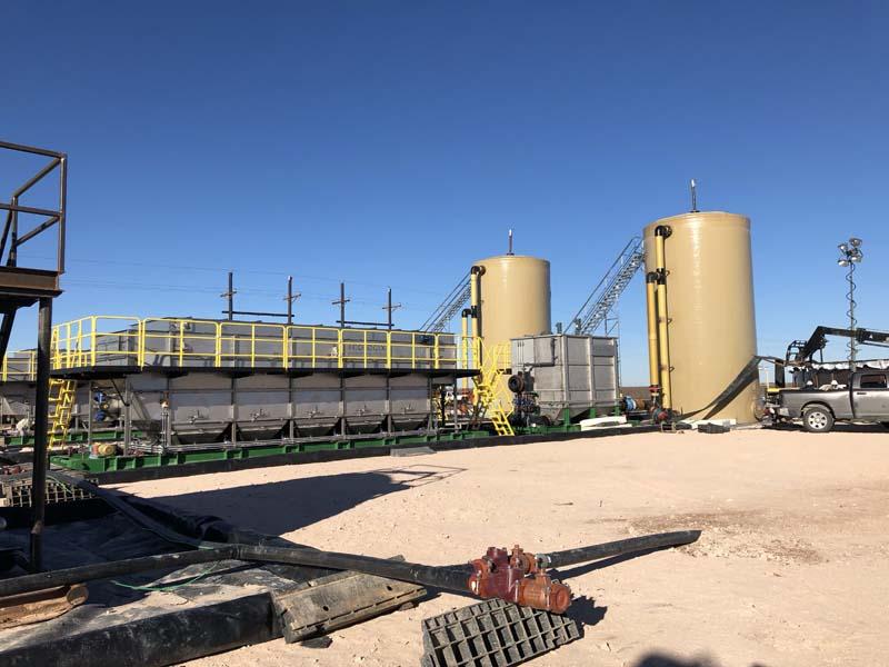 E-825 DAF West Texas Oil Fields